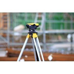 Leica optiskais nivelieris NA320 KALIBRĒTS