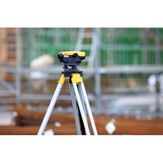 Leica optiskais nivelieris NA324 KALIBRĒTS